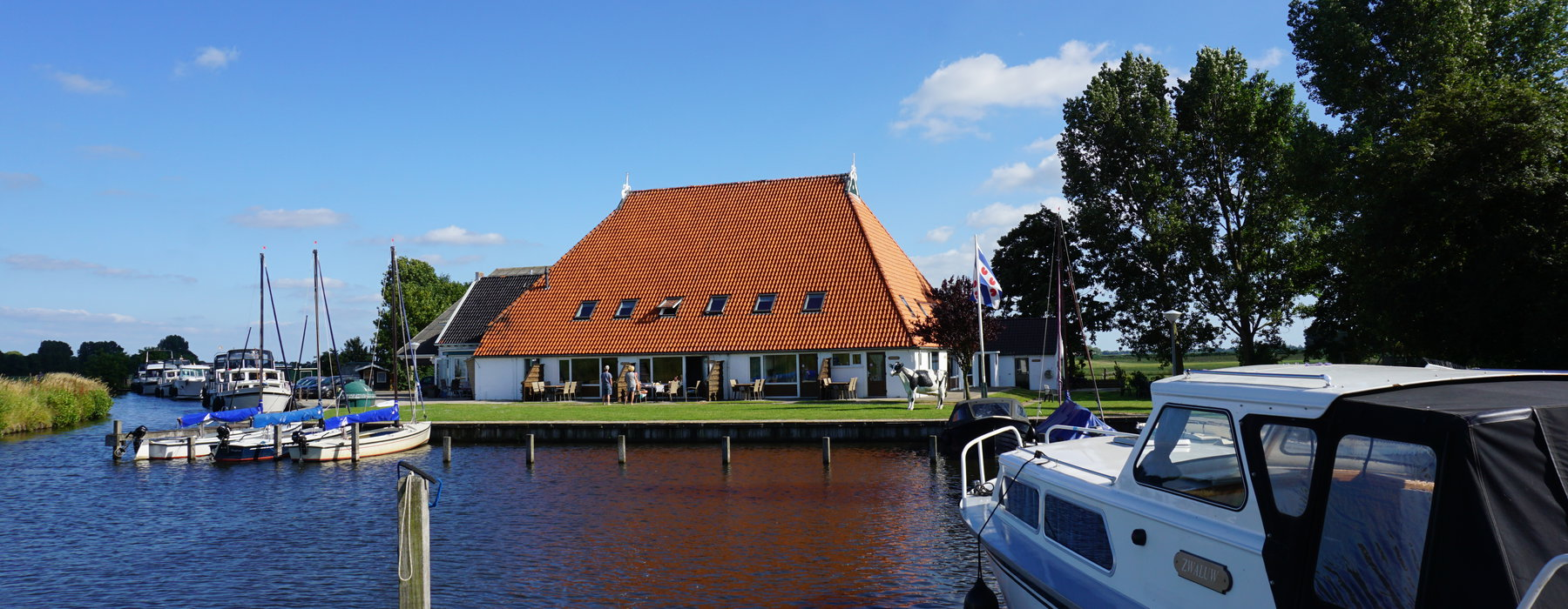 Attractive holiday home rental in Friesland
